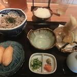 米福 - 蕎麦・天ぷら・いなりのセット