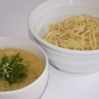 らーめん れんげ - 濃厚スープで食す、絶品の鶏白湯つけ麺