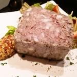 Cerdo y pato - 豚と鴨のパテ・ド・カンパーニュ