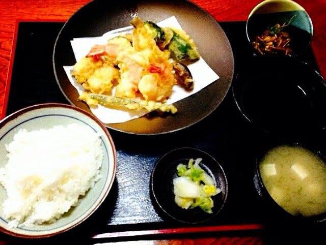 寿司店漁火