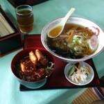 味の里 相津 - 料理写真:喜多方ラーメン・ソースかつ丼セット、1000えん