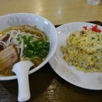 生香楼 - 料理写真:ラーメンと焼き飯