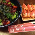 居酒屋 ごえん - チョレギサラダ 714円  冷やしトマト 399円