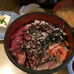 次郎長 - 料理写真:次郎長丼680円
