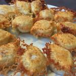 壱番厨房 - 皮から手作りの餃子。包丁で作る挽肉がとってもジューシー