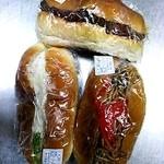 太陽堂 - 料理写真:焼きそばパン他(2014/7)