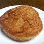 粉とクリーム - じっくり煮込んだカレーパン 120円