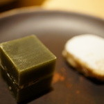 祇園NITI - 氷をイメージしたお菓子「琥珀」