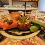 日本料理 たかむら - 八寸 海老のつや煮とんぶりのせ、からすみがのった衣かつぎには大徳寺納豆が入っています。