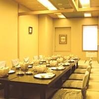 各種宴会承ります。10名様からこの部屋使えます♪3600円~