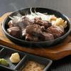 草鍋屋 和楽   - 料理写真:スパイシーサイコロステーキ1030円