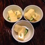 29415576 - お通しは玉子豆腐