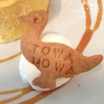 29418581 - 2014年6月:クリームブリュレロールケーキ(\550)…付属のクッキーが可愛い♥