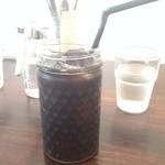 トワモワカフェ - 2014年6月:アイスコーヒー(\400:セット注文で\500から\100引き)…カップが素敵☆