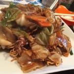 中國麺飯食堂 祥龍房 - カタ焼きそば