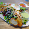 ザ タイムズ カフェ - 料理写真:オーガニック野菜といわいどりのサラダ
