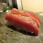 第三春美鮨 - シビ 大トロ 200kg 熟成6日 青森県大間 伸洋丸