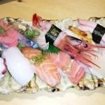 暫寿司 - にぎり12貫