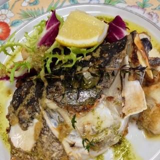 旬のお魚料理も自慢です!