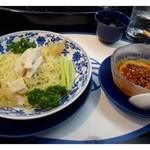 華都飯店 - コースではチャーハンでしたが、こちらの冷麺が美味しいので変更していただきました。 追加料金200円必要です。