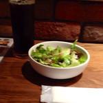 ポポラート - ランチセットのサラダとドリンク(アイスコーヒー)