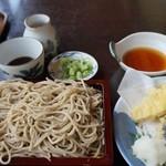 そば屋 長森 - 750えん『十割そば』650えん『天ぷら盛り合せ』2014.8