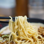 北大塚ラーメン - 麺のアップ
