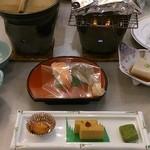 ホテル十和田荘 - 料理写真:夕食