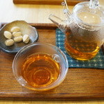 おちゃのこ - やまと和紅茶(360円)