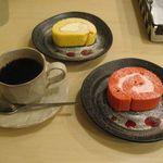 ゴールド ロール - 純生ロールとさくらのロールケーキ(2014.03)