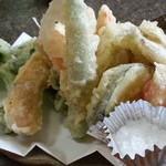 29653256 - 野菜の天婦羅 300円