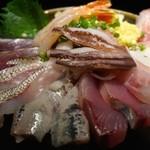 川崎漁港 - 料理写真:1480えん『海鮮丼』2014.8