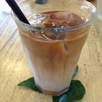 cafe shibaken - アイスオーレ、始めはもっとはっきりセパレートになってました!(撮り忘れ)