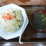 はま長 - 料理写真:チャーハン600円