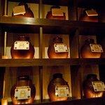 泡盛と沖縄料理 Aサインバー - 瓶のキープ