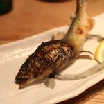 路地裏魚金 - 鮎の塩焼き