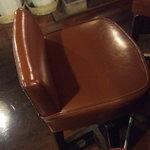 ブリック - 2階のカウンターの椅子