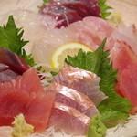 庄司鮮魚店 - 刺し盛り