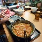 久兵衛屋 - キムチほうとう(790円)・奥は天丼小うどんセット(690円)・別に野菜ほうとう(690円)