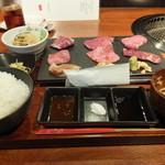 BAKURO - 和牛三昧セット