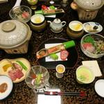 上野屋 - 料理写真:夕食 全景