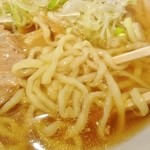坂内 - 喜多方ラーメン太麺拡大