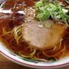 ラーメンのまる八 - 料理写真:醤油ラーメン¥600