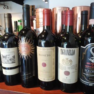 美味しい飲み頃のイタリアワインをそろえております。