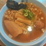神王 - ラーメン(750円)しょっつる味(塩魚醤)