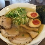ラァメン クック - 料理写真:特製塩ラーメン850円