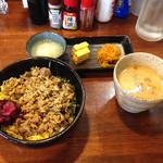 やきとりだいちゃん - 焼鳥丼780円