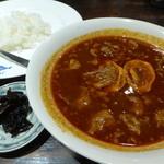空海 - 牛すじのスープカレー(1100円)