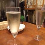 Sanji - グラスシャンパン
