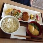 FUMUROYA CAFE  - くるまふ入りハンバーグランチ